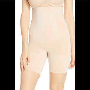 NWT SPANX OnCore High Waisted Mid Thigh Shaper Sm